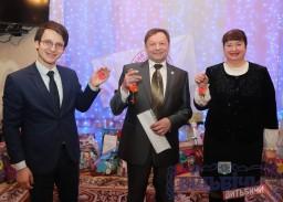 Шоу пузырей и снежки с пожеланиями малышей — в Детском доме города Витебска подвели итоги доброй акции