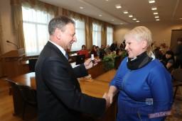 5 новоселам вручили ключи от арендных квартир в доме по улице Ленинградской в Витебске