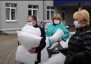 Средства индивидуальной защиты от коронавируса переданы областному клиническому роддому в Витебске